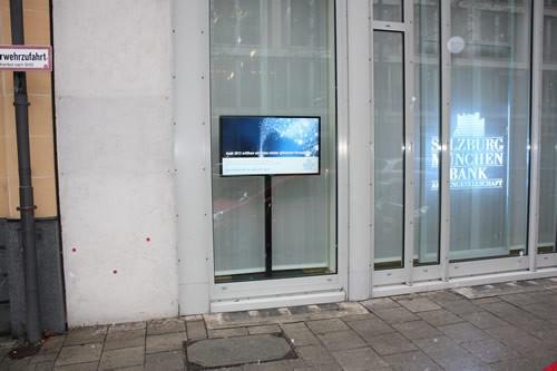 Bank-TV/Schaufenster-TV mit 46 Zoll Spezial-Display